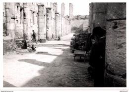 8630 - 2019  PHOTOGRAPHIE ROUEN 1940  DESTRUCTION DE 1940 LES VIEILLES HALLES COTE EST DE LA PLACE DE LA HAUTE TOUR - Andere