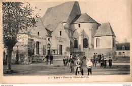 5868   -2019    LERE   PLACE DE L HOTEL DE VILLE - Lere