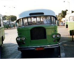 35mm ORIGINAL PHOTO BUS UK LEYLAND BEDFORD - F145 - Photographs