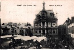 655-2019    GIVET   LA GRANDE PLACE - Givet