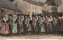 5640 -2019       PLOUGASTEL  DEFILE DES MARIES APRES LA CEREMONIE - Plougastel-Daoulas