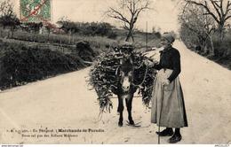 5768-2019    EN PERIGORD   MARCHANDE DE PARADIS - France