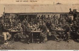 17-2019     CAMP DU LARZAC   UNE CANTINE - Autres Communes