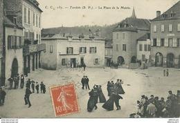 REF937-2018  TARDETS LA PLACE DE LA MAIRIE - Francia