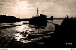 4418-2018    BOULOGNE  COUCHER DU SOLEIL SUR LE PORT - Boulogne Sur Mer