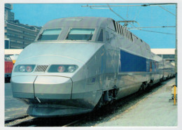 FRANCIA   ED.  PRIVEE             TRAIN- ZUG- TREIN- TRENI- GARE- BAHNHOF- STATION- STAZIONI  2 SCAN (NUOVA) - Treni
