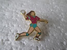 PIN'S   HANDBALL   FEMININ  Zamak Sipp - Handball