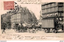 8852- 2018   PARIS VECU    UN CARREFOUR - Champs-Elysées