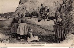 6551-2019     U PETITES BIGOUDENNES - France
