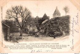 2357-2019   GARGILESSE   LA PLACE ET ENTREE DU CHATEAU - Autres Communes