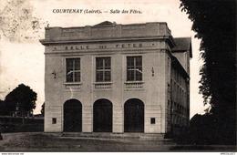 2575-2019    COURTENAY   SALLE DES FETES - Courtenay