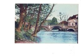 Cpa - 89 - Chablis - Pont Sur Le Serein - Combier - Pancarte CYCLES - - Chablis