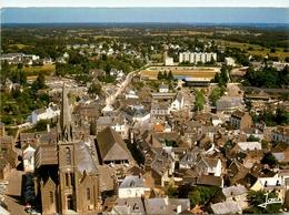 Questembert * Le Centre Ville * L'église - Questembert