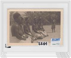 4134 NUES  AK/PC/CARTE PHOTO A IDENTIFIER/2261/FEMMES AFRICAINE SEINS NUS - Cartoline