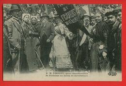 035 - LES TROUBLES DU MIDI - M. FERROUL Maire Démissionnaire De NARBONNE Au Milieu De Manifestants - Evenementen