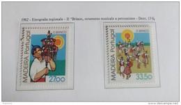 PORTOGALLO ( MADEIRA ) ANNO 1982  FOLKLORE COSTUMI NAZIONALI -  NUOVI MNH ** - Madeira