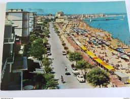 ITALY - CATTOLICA - ( RIMINI ) LUNGOMARE E SPIAGGIA - TIMBRO ETICHETTA APPLICATE IL NUMERO DI CODICE -VIAGGIATA 1967 - Rimini
