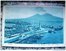 ITALY CAMPANIA - NAPOLI ( NAPOLI ) IL PORTO IL FARO E IL VESUVIO - VIAGGIATA REGNO 1933 - Napoli