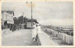Chatelaillon-Plage - La Digue - Café Bains Richelieu - Carte N° 1056 Animée Non Circulée - Châtelaillon-Plage