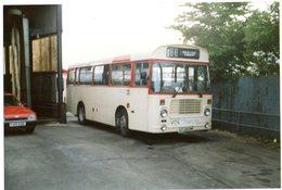 35mm ORIGINAL PHOTO BUS UK COUNTRY BUS NEWTON DEVON GARAGE - F153 - Photographs