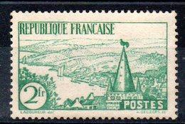 FRANCE - YT N° 301 - Neuf ** - MNH - Cote: 85,00 € - France