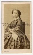 CDV Pierre Petit Photographie, Paris. Portrait D'une Chanteuse Lyrique Orwil. - Non Classés