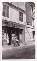 Petite Photo  Bar Cyclo Touriste  A Ganachaud Auix  Sables D'Olonne (85) Au N° 26 D'une Rue à Déterminer - Métiers