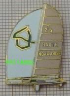 BATEAU VOILIER HAUTE NORMANDIE 27 76 En Version EGF - Bateaux