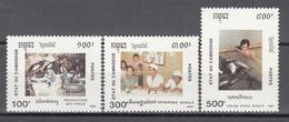 1991   Yvert Nº 982 / 984  MNH. Día Nacinal, Producción De Neumáticos, Sala Rural, Pesca De Agua Dulce, - Kambodscha