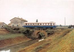 "09491 ""FERROVIE NORD/EST - LINEA VENEZIA/ADRIA - AUTOMOTRICE FNE AD 806 -1986""  CART NON SPED - Treni"