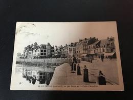 36 - LE CROISIC Les Quais Et La Place D'Aiguillon - Le Croisic