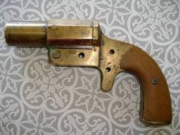 Ancien Pistolet Lance Fusée WW1 Français En Bronze état De Fouilles - 1914-18