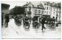 RARE * Photo Ancienne (Marchal à Granges) Gérardmer (Hôtel Cholé à Droite) DÉPART COURSE MOTOS Sur L'Avenue - Gerardmer