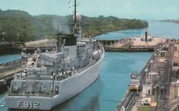 Canal De Panama Vista Desde La Torre De Control Hacia El Lago Gatun Gatun Locks - Panama Canal And Panama Stamp - Panama