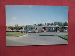 Restaurant & Esso Service Station   Ignace  Canada > Ontario       -ref    3572 - Ontario