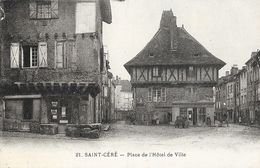 St Saint-Céré (Lot) - Place De L'Hôtel De Ville - Carte N° 21 - Saint-Céré
