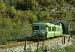 RU CT 02 - Autorail Picasso  X 3900 Au Tunnel De La Gouille Au Cerf Vers LEZAT - Jura - SNCF - Trains