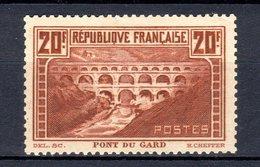 240819)  PONT DU GARD Neuf Avec Charnière.. - Neufs
