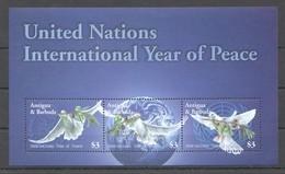 W978 ANTIGUA & BARBUDA BIRDS UNITED NATIONS INTERNATIONAL YEAR OF PEACE #4141-3 1KB MNH - Autres