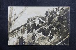 FRANCE - Carte Postale Photo - Groupe De Personnages à Bord D'un Bateau  - L 40994 - A Identifier