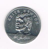 //  TOKEN  KEITH NEWTON   ENGLAND WORLD CUP  SQUAD  MEXICO  1970 ESSO - Monete Allungate (penny Souvenirs)