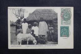 GUINÉE - Carte Postale - Groupe De  Femmes Indigènes - Le Mouton Familier - L 41011 - Frans Guinee