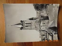Huismes. L'Abside De L'Eglise Et Le Clocher Du XIIe S. Editeur: Artaud Père Et Fils - Gaby Numéro: 10 - 15cmx10.5cm - France