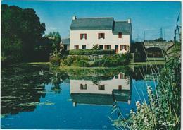 Loire  Atlantique : SAINT  JOACHIM : Maison De  L '  écluse -  éclusier  à  Roze - Saint-Joachim