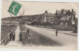 Calvados : DEAUVILLE - TROUVILLE : La  Villas - Deauville