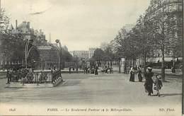 - Dpts Div -ref-AL507- Paris - Boulevard Pasteur Et Station Du Metropolitain - Architecte Guimard - Stations Metro - - Arrondissement: 15