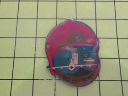 1214B Pin's Pins / Rare Et  Belle Qualité !!! THEME : POMPIERS / MARINS POMPIERS DE MARSEILLE 10e CIE SSI - Pompiers