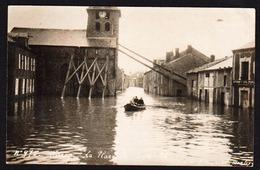 WARCQ: RARE Carte Photo Neuve Sur Les Inondations De Janvier 1926, Avec Animation. L'horloge De L'Eglise Indique L'heure - Francia