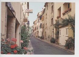 Mouans Sartoux : Une Des Rues Pittoresques Du Village - Francia