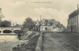 - Dpts Div -ref-AL474- Pyrénées Atlantiques - Bizanos - Entrée Du Village - Rails Ligne De Chemin De Fer- - Bizanos